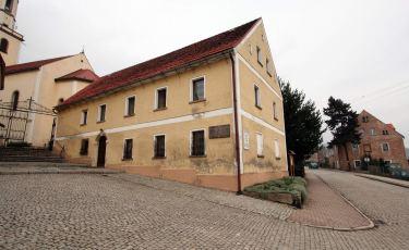 Budynek dawnej szkoły katolickiej (Fot. aga)