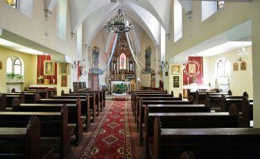 Kaplica MB Królowej Pokoju przy Zamku Leśna (Fot. krystian)