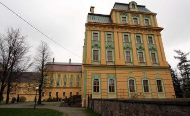 Klasztor SS.Benedyktynek w Opactwie Cystersów w Krzeszowie (Fot. aga)