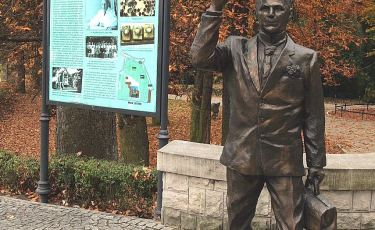 Pomnik Dr Matuszewskiego (Fot. mateo)