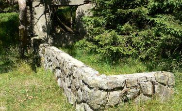 Ruiny schronu narciarskiego pod Wielką Sową (Fot. krystian)