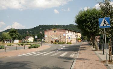 Widok na zczytnik i Zamek z centrum Szczytnej (Fot. krystian)