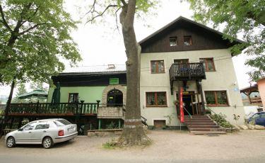 Zajazd Karłów – Carlsberg (Fot. krystian)