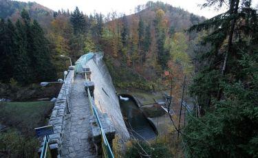 Zapora wodna na rzece Wilczka (Fot. mateo)